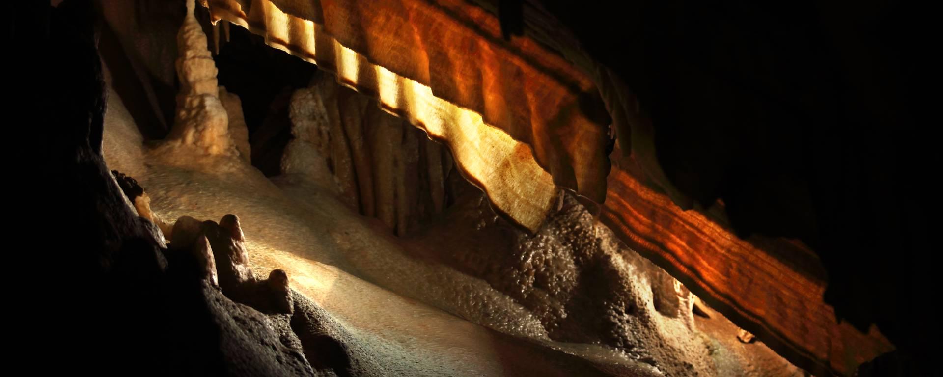 Cave ©G. Souche