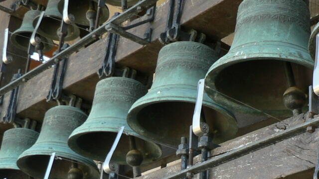 Bells and campanilles at Magalas