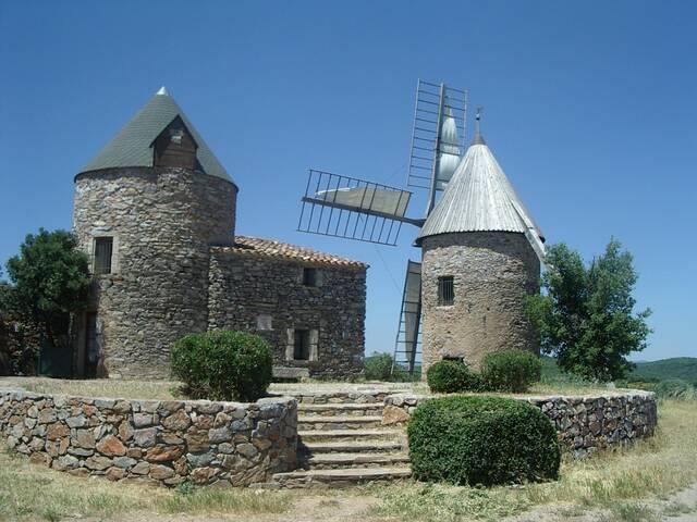 Moulins à Faugères © Avant monts