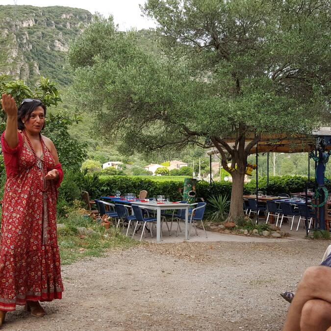 A storyteller in Vieussan ©S.Herpson